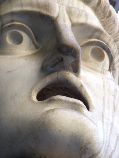 shocked-statue-face