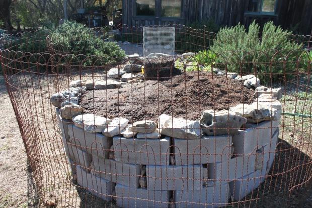 Http Www Texascooppower Com Texas Stories Nature Outdoors Keyhole Gardening