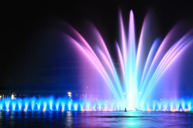 Fountain_in_Hala_Ludowa
